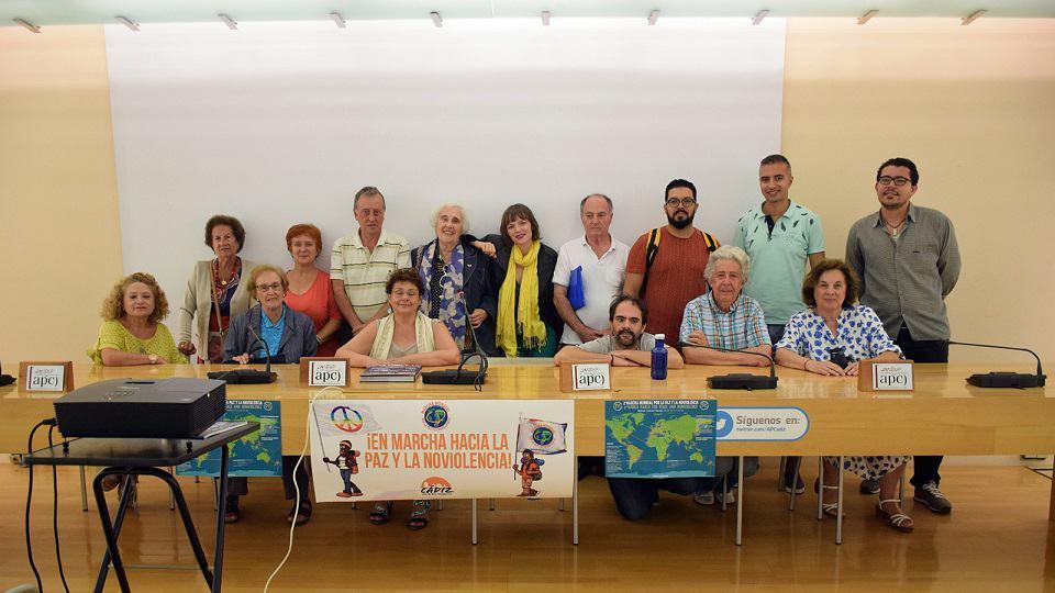Persembahan di Persatuan Akhbar Cadiz