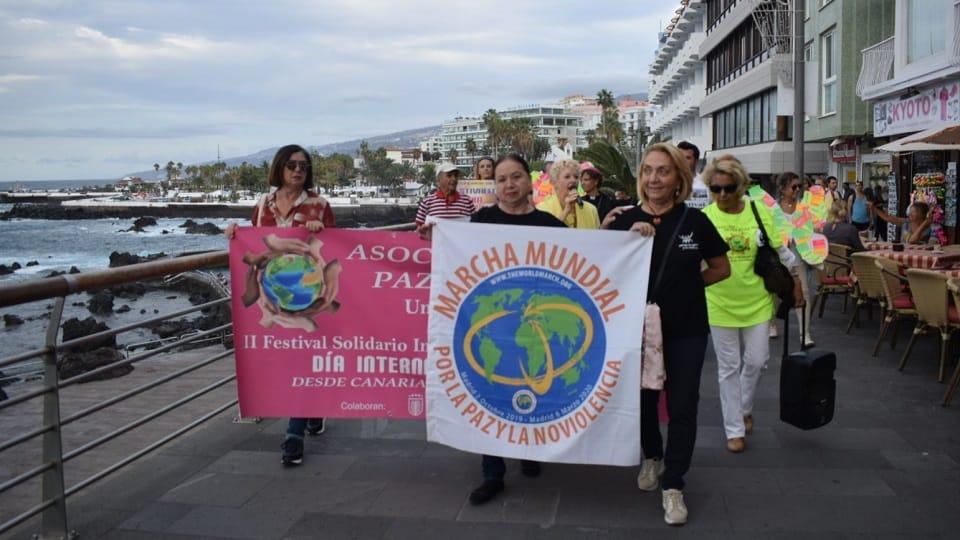 Documentaire, recepties en maart in Tenerife